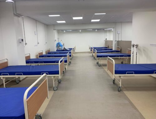 «Працюємо над тим, щоб максимально швидко підготувати додаткові ліжка для прийому хворих», – Веремчук